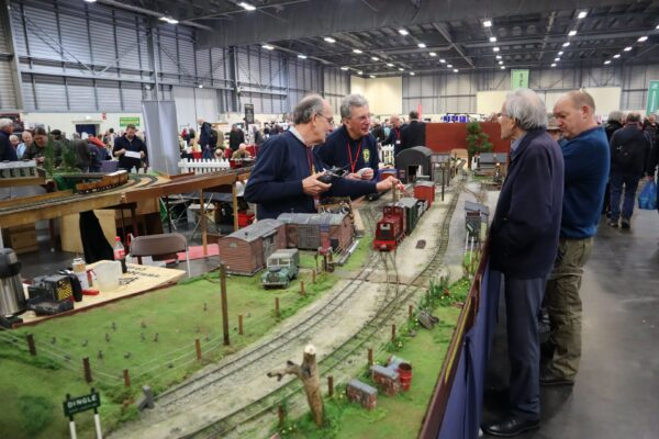 Model Railway Layout and hobbyists